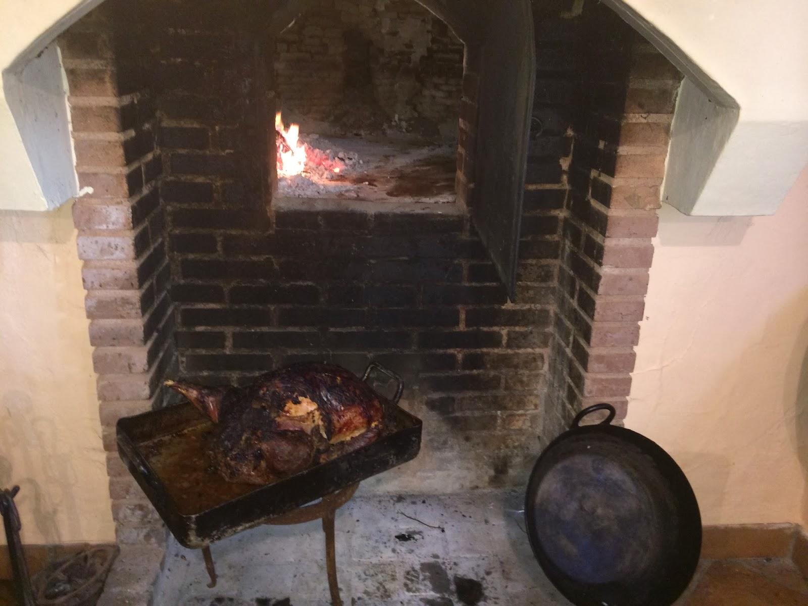 Pavo relleno al horno de Leña