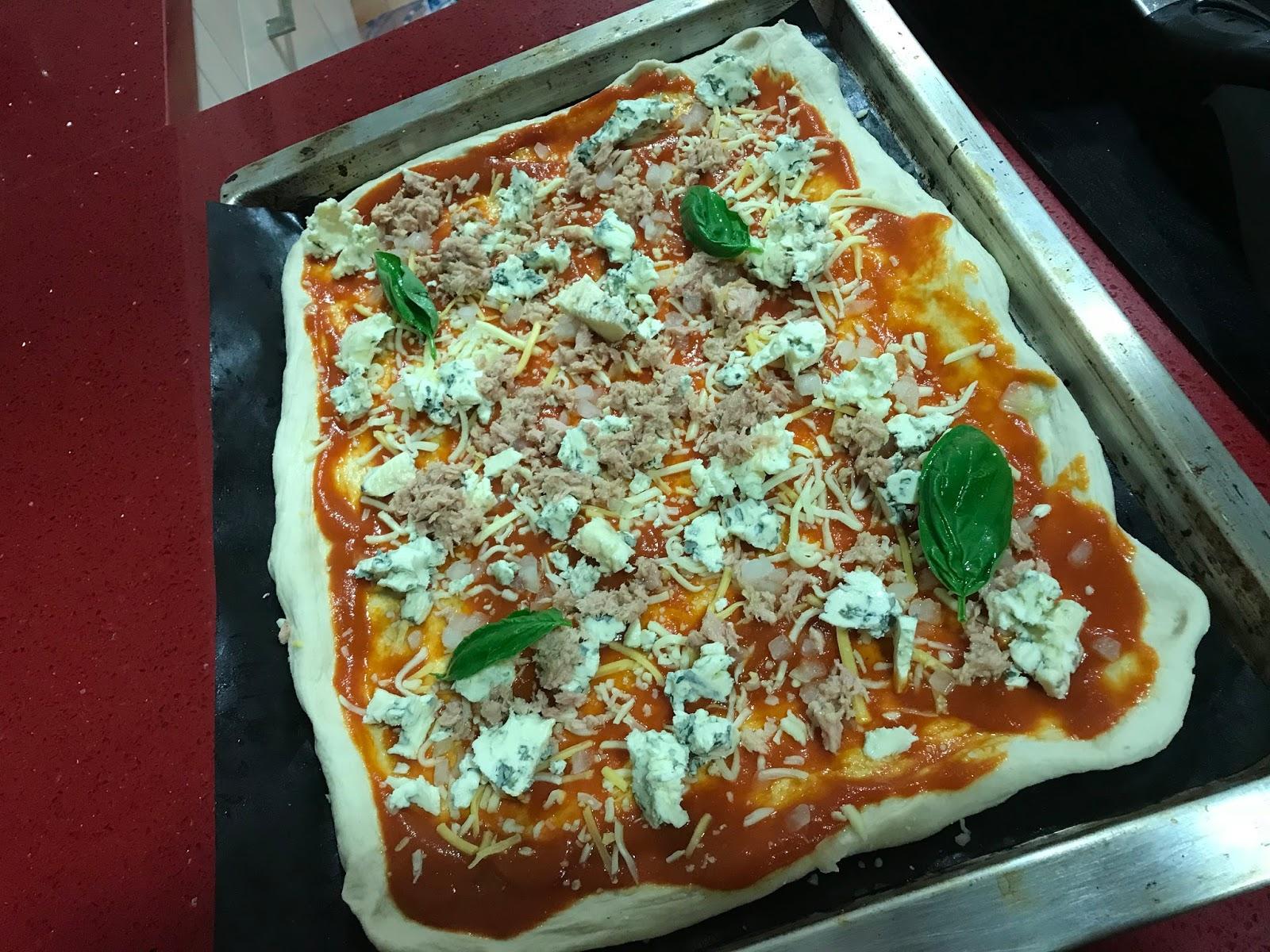 Viva Italia!! Viva la pizza!!